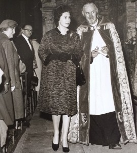 Queen at St Woolos cathedral 1962