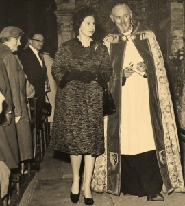 Queen at cathedral during 1962